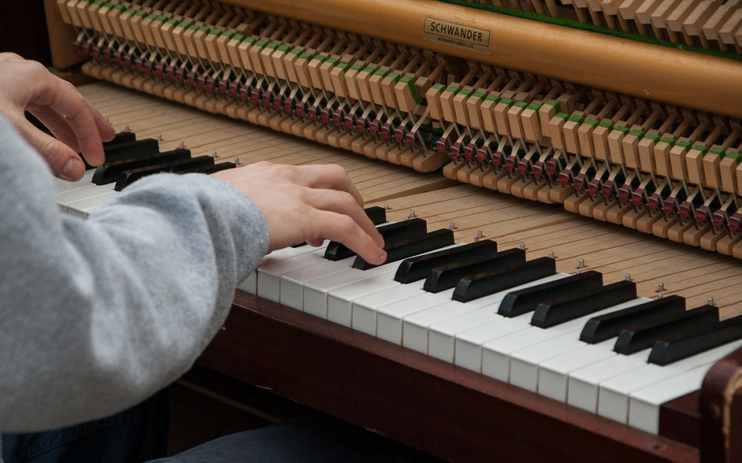 How to Learn a Song on the Piano and Memorize It Quickly